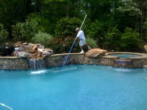 Pool-Cleaning-Service-300x225